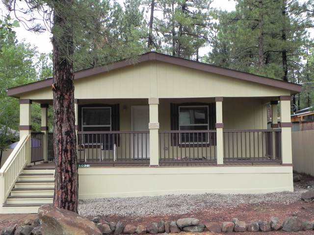 1090 E Hillside Drive, Munds Park, AZ 86017 (MLS #5962232) :: CC & Co. Real Estate Team