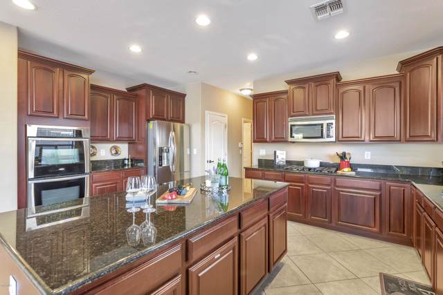 2522 E Ridge Creek Road, Phoenix, AZ 85024 (MLS #5962799) :: Brett Tanner Home Selling Team