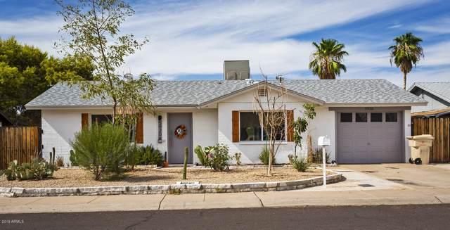 5920 W Calavar Road, Glendale, AZ 85306 (MLS #5963882) :: Riddle Realty Group - Keller Williams Arizona Realty