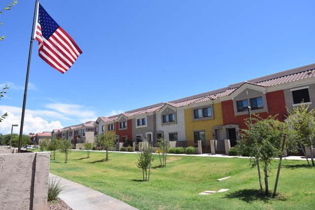 1950 N Center Street #146, Mesa, AZ 85201 (MLS #5964695) :: Riddle Realty Group - Keller Williams Arizona Realty