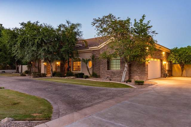 51 N Coronado Road, Gilbert, AZ 85234 (MLS #5964957) :: CC & Co. Real Estate Team