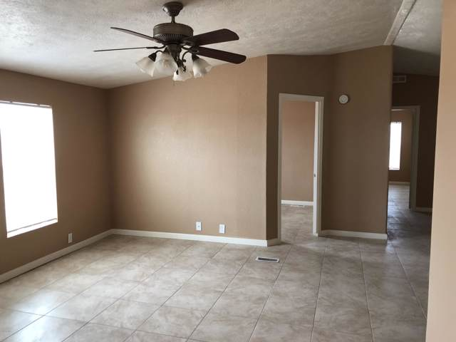 33759 W Mobile Lane, Tonopah, AZ 85354 (MLS #5965568) :: Yost Realty Group at RE/MAX Casa Grande