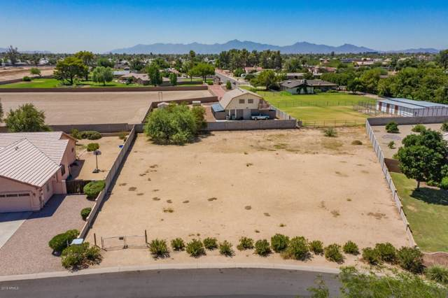 5382 N 82ND Avenue, Glendale, AZ 85303 (MLS #5965760) :: The Property Partners at eXp Realty