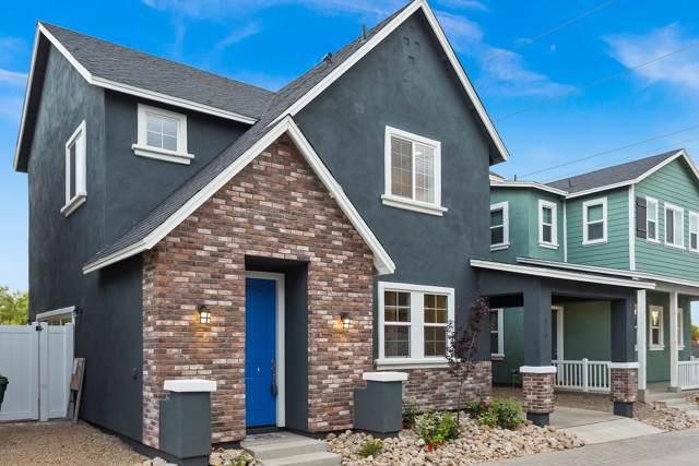 735 E Calavar Road, Phoenix, AZ 85022 (MLS #5967535) :: Conway Real Estate