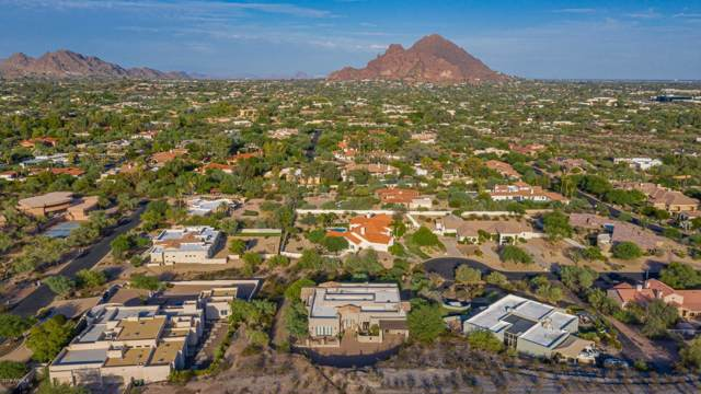7540 N Lakeside Lane, Paradise Valley, AZ 85253 (MLS #5967573) :: CC & Co. Real Estate Team