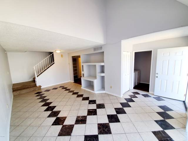 1342 W Emerald Avenue #409, Mesa, AZ 85202 (MLS #5967707) :: CC & Co. Real Estate Team