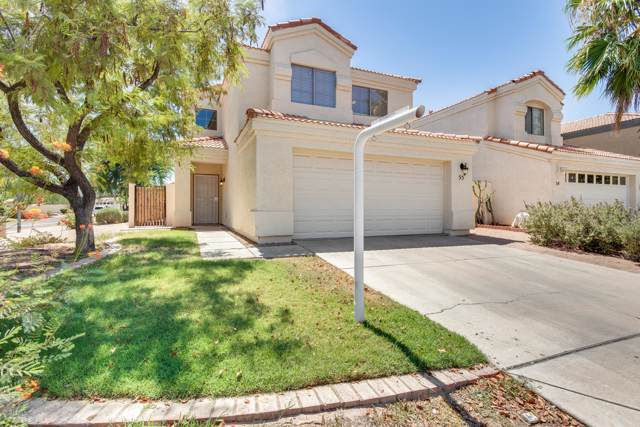 250 W Juniper Avenue #55, Gilbert, AZ 85233 (MLS #5969181) :: CC & Co. Real Estate Team