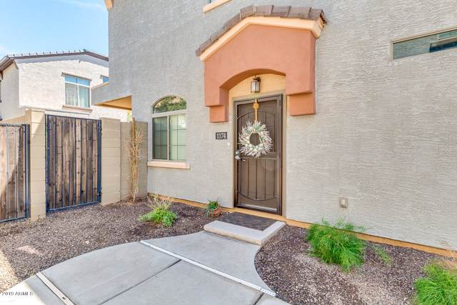 2725 E Mine Creek Road #1174, Phoenix, AZ 85024 (MLS #5969351) :: CC & Co. Real Estate Team