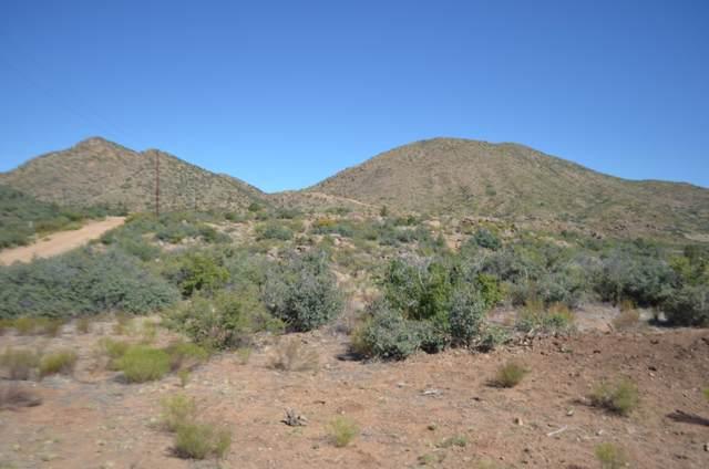 214 S Heritage Peak Road, Kirkland, AZ 86332 (MLS #5972321) :: The Kenny Klaus Team
