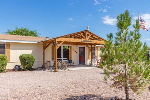 2094 W Shiprock Street, Apache Junction, AZ 85120 (MLS #5975151) :: The Kenny Klaus Team
