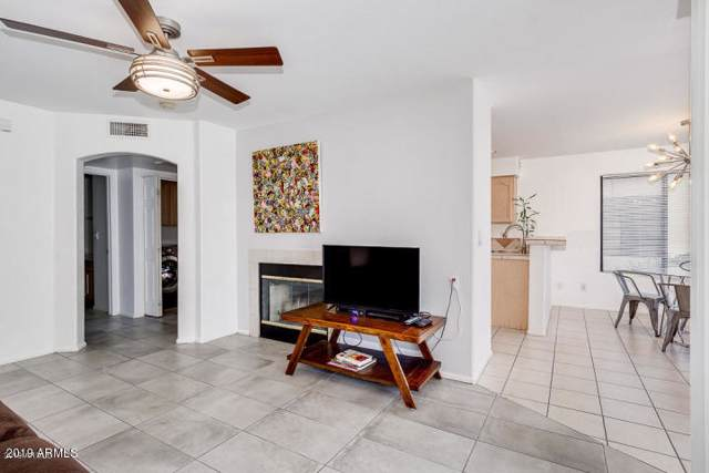 16715 E El Lago Boulevard #108, Fountain Hills, AZ 85268 (MLS #5975353) :: Brett Tanner Home Selling Team