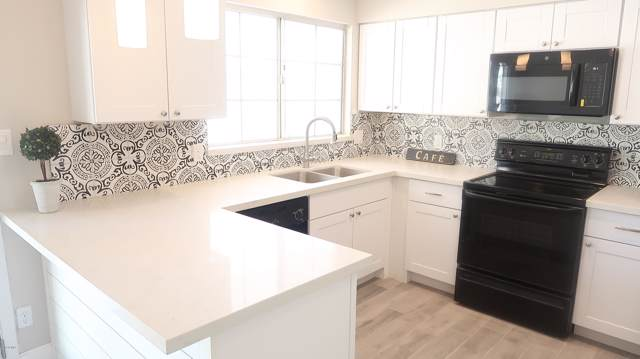 17847 N 39TH Avenue, Glendale, AZ 85308 (MLS #5979673) :: Revelation Real Estate