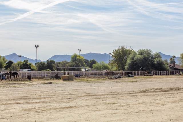 19133 E Chandler Heights Road, Queen Creek, AZ 85142 (MLS #5979835) :: CC & Co. Real Estate Team