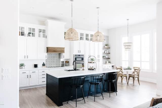 4160 S Ambrosia Drive, Chandler, AZ 85248 (MLS #5980244) :: Brett Tanner Home Selling Team