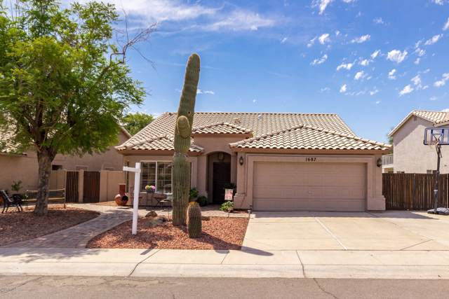 1687 W Encinas Street, Gilbert, AZ 85233 (MLS #5980712) :: The Bill and Cindy Flowers Team