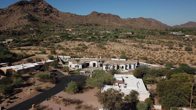 6220 E Bret Hills Drive, Paradise Valley, AZ 85253 (MLS #5980733) :: CC & Co. Real Estate Team