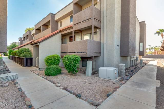 1645 W Baseline Road #2011, Mesa, AZ 85202 (MLS #5981434) :: CC & Co. Real Estate Team