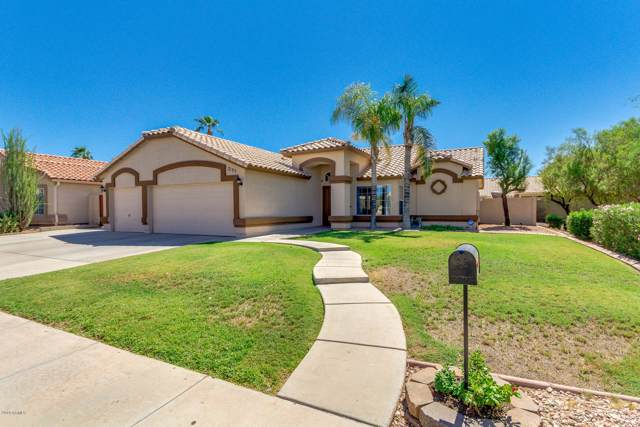 2135 E Brooks Street, Gilbert, AZ 85296 (MLS #5981491) :: Kortright Group - West USA Realty