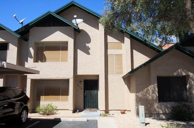 8028 N 48TH Avenue, Glendale, AZ 85302 (MLS #5981959) :: Kortright Group - West USA Realty