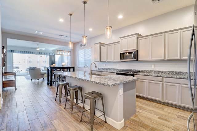 2072 E Lantana Drive, Chandler, AZ 85286 (MLS #5983667) :: The Daniel Montez Real Estate Group