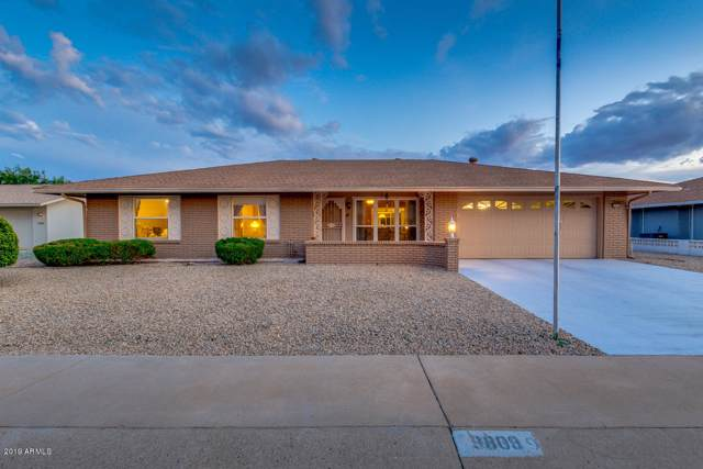 9809 W Pineaire Drive, Sun City, AZ 85351 (MLS #5984075) :: Cindy & Co at My Home Group