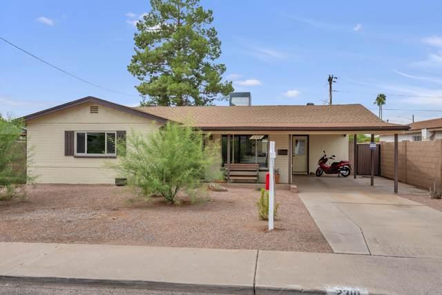 2310 N 37TH Way, Phoenix, AZ 85008 (MLS #5987394) :: The Laughton Team