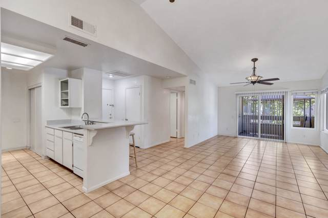 2035 S Elm Street #240, Tempe, AZ 85282 (MLS #5987399) :: CC & Co. Real Estate Team