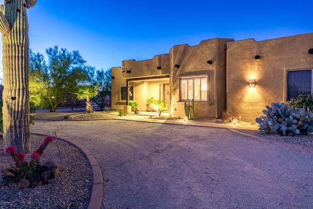 2718 W Valley View Trail, Phoenix, AZ 85086 (MLS #5989184) :: The Bill and Cindy Flowers Team