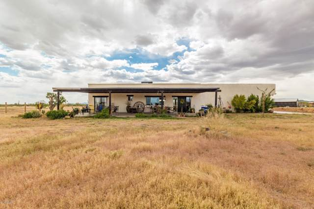 38026 N 251ST Avenue, Morristown, AZ 85342 (MLS #5989357) :: The Bill and Cindy Flowers Team