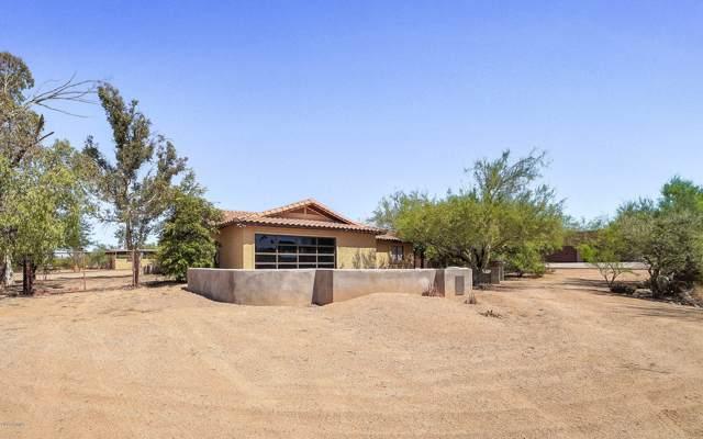 6106 E Windstone Trail, Cave Creek, AZ 85331 (MLS #5989825) :: Devor Real Estate Associates