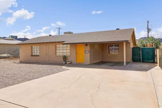 915 W Paseo Way, Phoenix, AZ 85041 (MLS #5991121) :: Devor Real Estate Associates