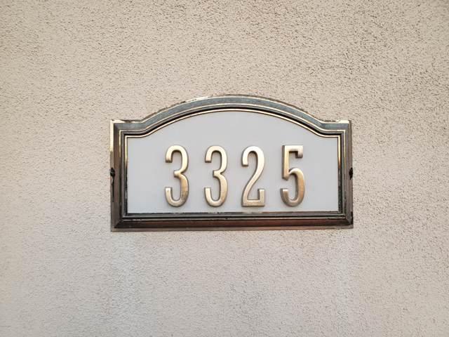 3325 E Mcdowell Road, Mesa, AZ 85213 (MLS #5991431) :: Brett Tanner Home Selling Team