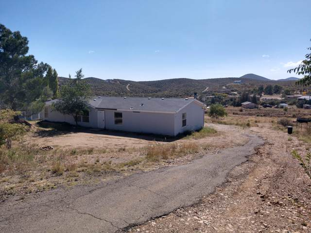 11215 E Henderson Road, Dewey, AZ 86327 (MLS #5993537) :: Brett Tanner Home Selling Team