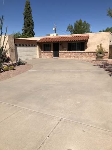 8314 E Plaza Avenue, Scottsdale, AZ 85250 (MLS #5994776) :: Power Realty Group Model Home Center