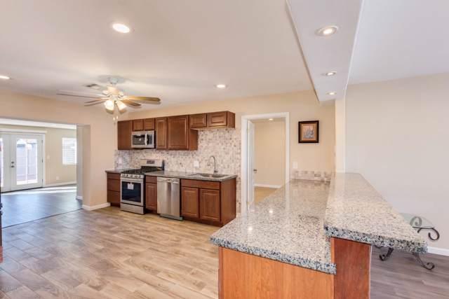 15036 N 28TH Avenue, Phoenix, AZ 85053 (MLS #5995613) :: Yost Realty Group at RE/MAX Casa Grande