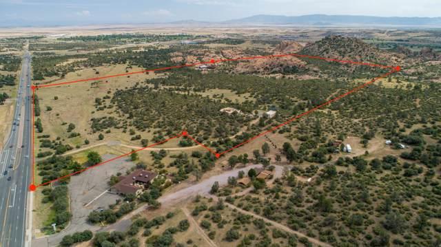 3855 Willow Creek Road, Prescott, AZ 86301 (MLS #5995645) :: Kortright Group - West USA Realty