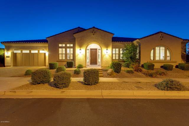 7704 S 29TH Place, Phoenix, AZ 85042 (MLS #5996711) :: The Kenny Klaus Team