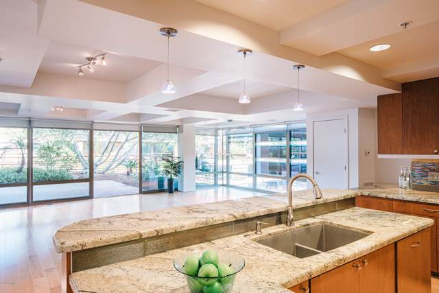 7137 E Rancho Vista Drive #6006, Scottsdale, AZ 85251 (MLS #5999447) :: The Kenny Klaus Team