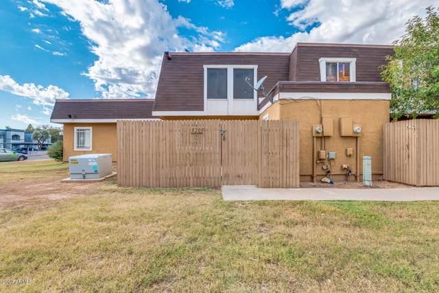 8205 N 33RD Lane, Phoenix, AZ 85051 (MLS #6002114) :: Devor Real Estate Associates