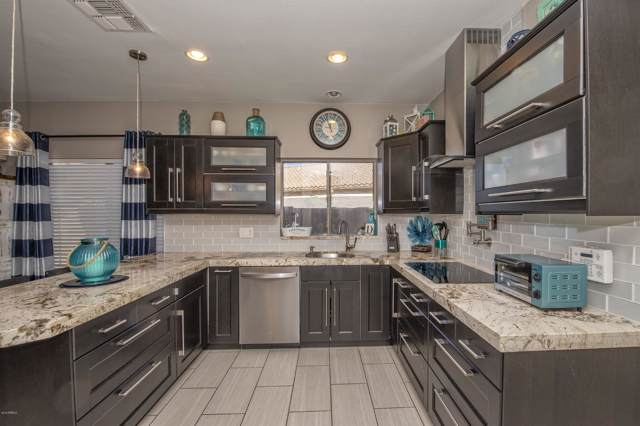 3627 W Walden Court, Anthem, AZ 85086 (MLS #6002499) :: Riddle Realty Group - Keller Williams Arizona Realty
