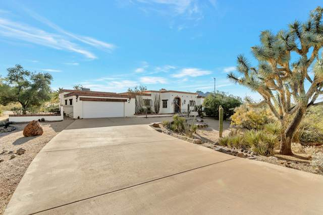 7957 E Cave Creek Road, Carefree, AZ 85377 (MLS #6003589) :: Kortright Group - West USA Realty