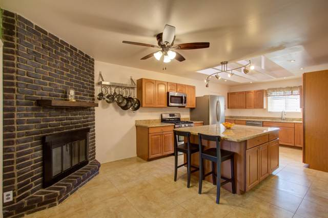 2801 E Cortez Street, Phoenix, AZ 85028 (MLS #6003953) :: The Kenny Klaus Team