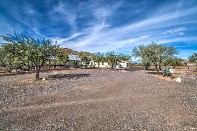 1238 E Cavalry Road, New River, AZ 85087 (MLS #6005024) :: The W Group