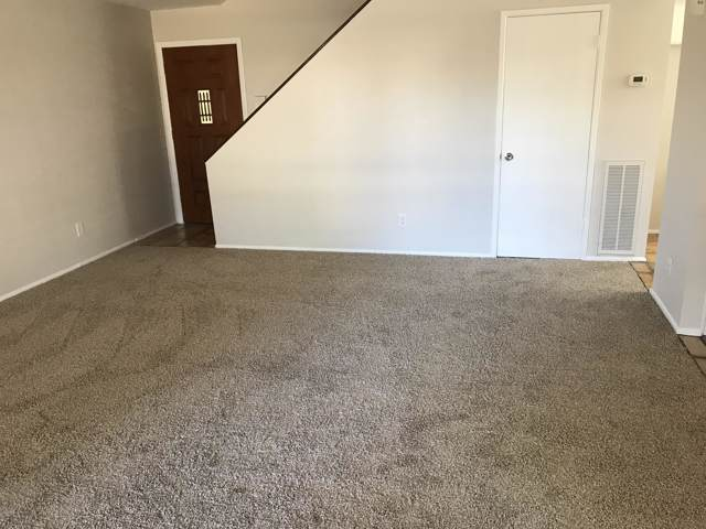 214 E Betty Elyse Lane, Phoenix, AZ 85022 (MLS #6006434) :: The W Group