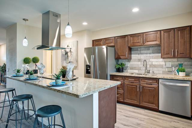 9703 W Redwood Drive, Sun City, AZ 85351 (MLS #6007596) :: Brett Tanner Home Selling Team