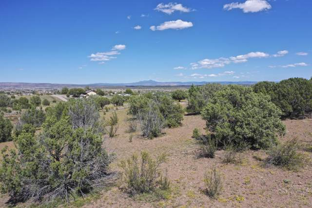 6350 N Mangas Drive, Paulden, AZ 86334 (MLS #6009063) :: Yost Realty Group at RE/MAX Casa Grande