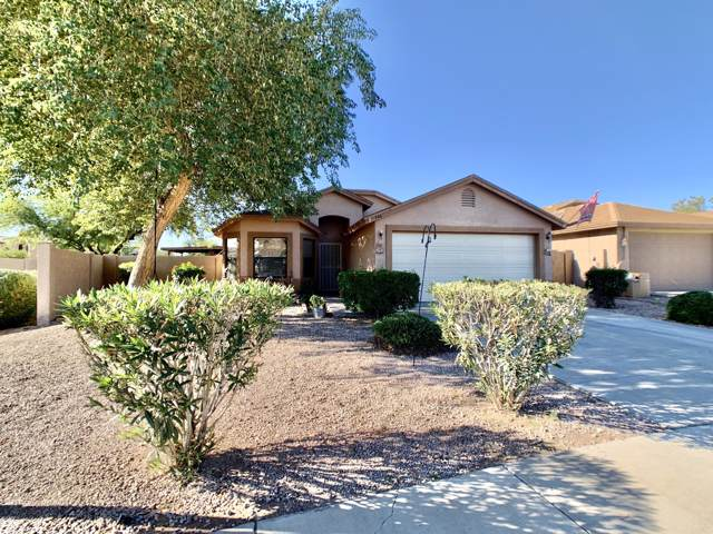 746 S Paustian Circle, Apache Junction, AZ 85120 (MLS #6009309) :: The Daniel Montez Real Estate Group