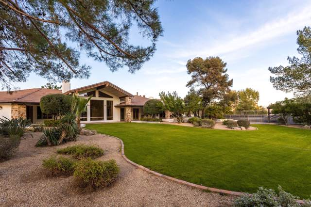 8901 N Martingale Road, Paradise Valley, AZ 85253 (MLS #6011068) :: The W Group