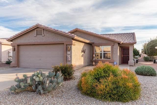1451 E Bellerive Drive, Chandler, AZ 85249 (MLS #6013422) :: Homehelper Consultants