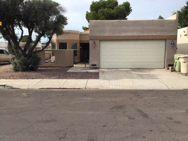 9202 N 51ST Drive, Glendale, AZ 85302 (MLS #6013588) :: Kortright Group - West USA Realty